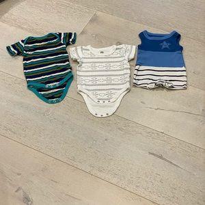 Bundle of 3 Newborn Baby Boy's Onesies -0-3 mon